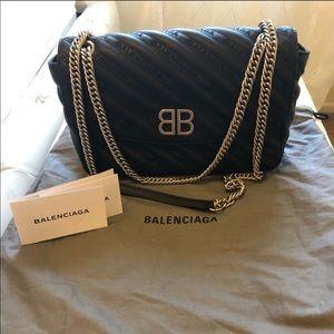 Balenciaga BB chain M black